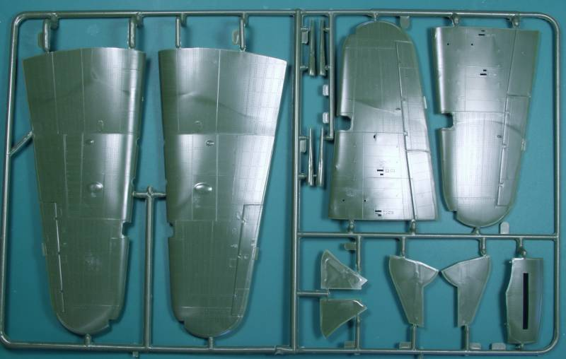 Hawker Typhoon MK.IB - Revell 1/32 Typhoon01